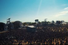 Des puces RFID pour les festivaliers du Hellfest
