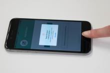 Le Cr�dit Agricole teste la TouchID de l'iPhone pour l'authentification mobile de ses clients