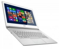 L'Acer Aspire S7 sous Windows 8 - Cr�dit photo : D.R.