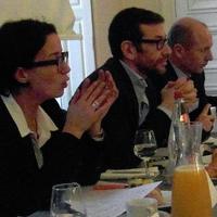 De gauche à droite, Karine Brunet, de Steria, Jean-Marc Defaut, de HP France, et Patrice Duboé, de Capgemini, en débat sur le cloud privé, ce matin à Paris. (crédit photo : D.R.)