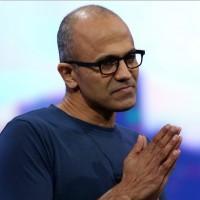 Pour son 3e trimestre 2015, le CEO de Microsoft Satya Nadella, a annoncé un chiffre d'affaires en progression mais des bénéfices en recul. (crédit : D.R.)