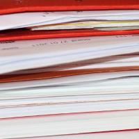 La bibliothèque de contrats types créée par Tech In France aidera les petites structures ne disposant pas de service juridique à mieux comprendre leurs droits et obligations dans le domaine du cloud. Crédit : Pixabay