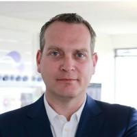 Eric Scheinder prend la tête d'une équipe de 14 personnes chargées de doter LDLC d'une centaine de boutiques d'ici 2021.
