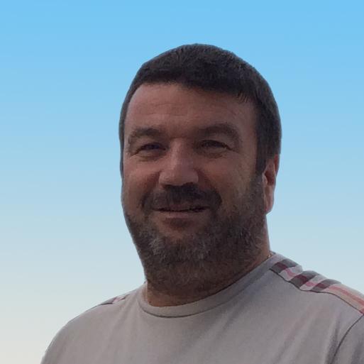 <b>Eric Nicaise</b>, dirigent et fondateur du groupe Burotik. - 000000007533