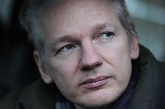 Julian Assange, fondateur de Wikileaks, toujours r�fugi� � l'ambassade d'Equateur � Londres. Cr�dit AFP /Carl Court