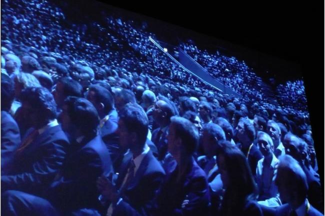 De nombreux utilisateurs de SAP se d�placent sur les �ditions europ�ennes de sa conf�rence Sapphire. Ci-dessus, lors d'une conf�rence pl�ni�re au cours de laquelle sont intervenus les deux co-CEO du groupe, en novembre 2012, � Madrid. (cr�dit : LMI)
