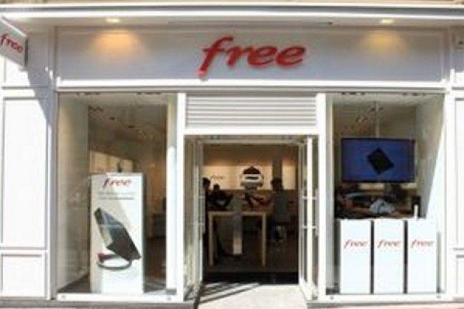 Free poursuit l 39 ouverture de ses boutiques le monde - Boutique free mulhouse ...