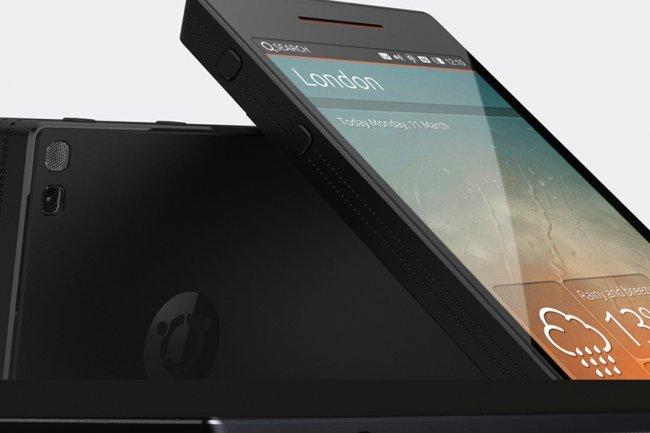 Annonc� avec un �cran 4,5 pouce, 4 Go de RAM, 128 Go en stockage, la 4G/LTE et le Bluetooth, l�Ubuntu Edge est r�solument haut de gamme, ce qui justifie son prix de 800 $.