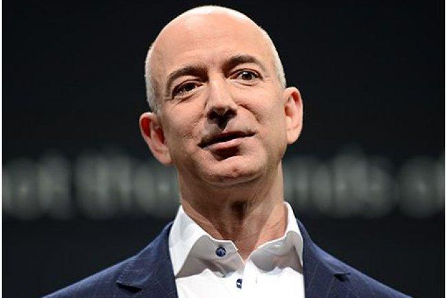 Jeff Bezos, fondateur et actuel CEO du site américain de vente en ligne Amazon. (crédit : D.R.)