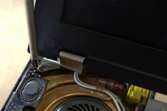 Les chercheurs allemands ont utilisé les haut-parleurs et le micro de deux Lenovo T400 pour leur démonstration. Crédit Photo: D.R