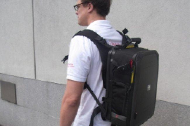 Le mini-réseau mobile de la Fondation Vodafone tient dans un sac à dos. Crédit Photo: IDG NS