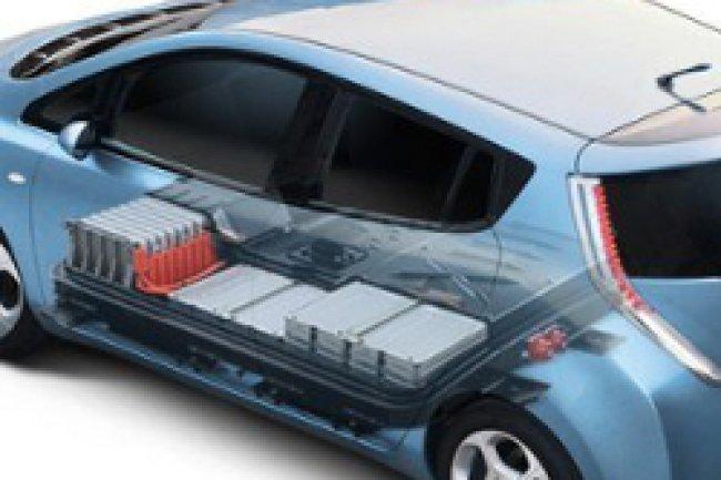 Nissan va tester le stockage d'énergies renouvelables sur des batteries usagées de voitures électriques pour les datacenters. Crédit Photo: D.R