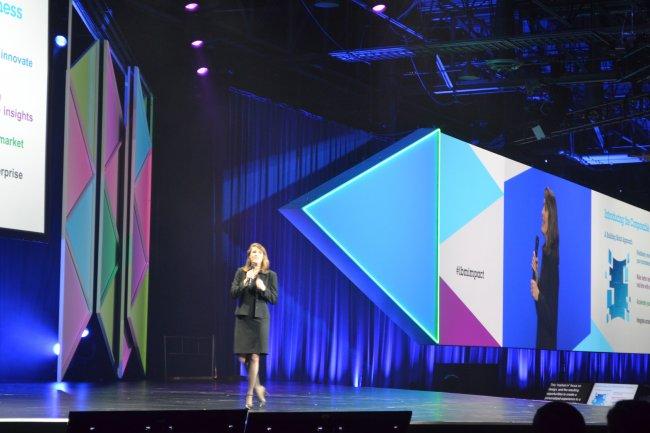 Marie Wieck, la responsable des solutions d'intégration et du middleware chez IBM, a présenté en grande pompe les innovations de Mobile First.