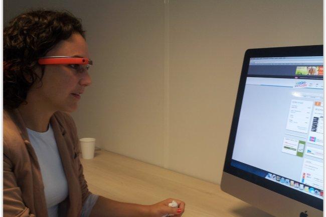 L'assistance aux clients pour réserver un billet en ligne est le premier POC pour Google Glass mis en place par Voyages-SNCF.com. (crédit : LMI)
