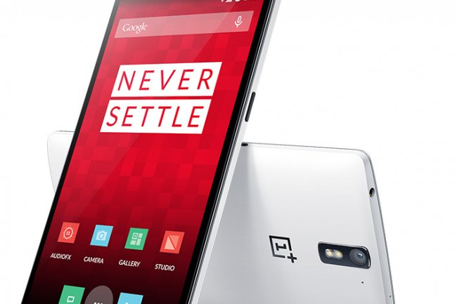 En vente uniquement sur invitation, le smartphone OnePlus OnePlus One a vu ses ventes exploser depuis son lancement en avril. (cr�dit : D.R.)