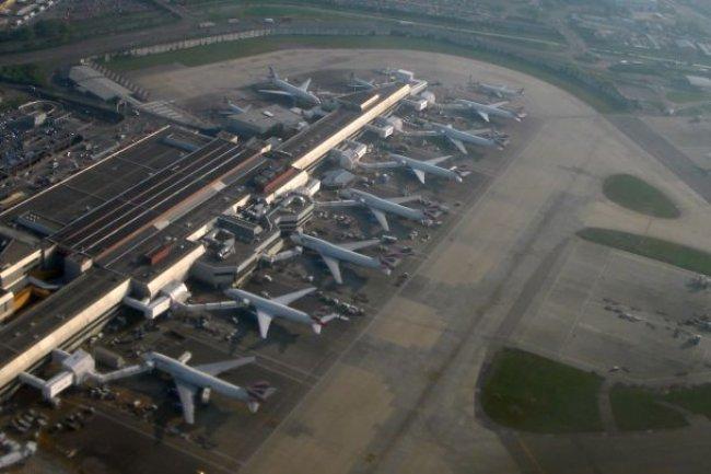 Une panne de serveur a suspendu tous les vols à partir de Heathrow.