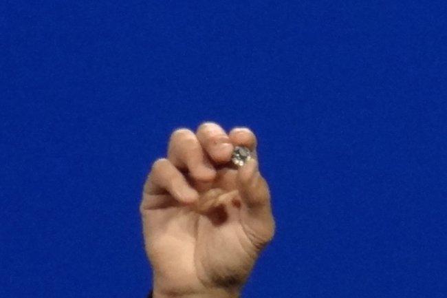 Le microPC Curie d'Intel affiche une taille proche d'un bouton de veste.