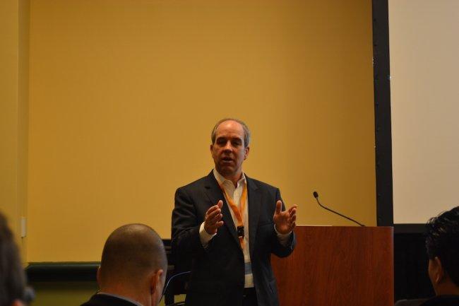 Pour Kramer Reevs, directeur de la branche Managing and Collaboration Solutions d'IBM, ce sont les utilisateurs qui vont imposer l'adoption de Verse dans leur entreprise.