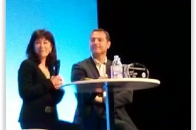 Catherine Ainardi et Denis Cammas, respectivement directrice pilotage et systèmes d'entreprise et directeur adjoint de l'infrastructure retail de la Société Générale, ont présenté leur projet big data  sur la scène de l'Hp World Tour Paris 2015. (crédit : D.F.)