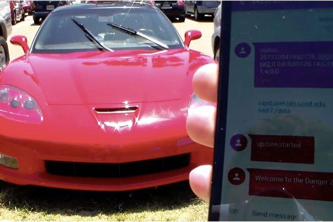 La soci�t� Mobile Devices a indiqu� hier qu'elle allait mettre � jour les unit�s de contr�le t�l�matique vuln�rables � l'attaque � distance d�montr�e par des chercheurs sur une Corvette. (cr�dit : D.R.).