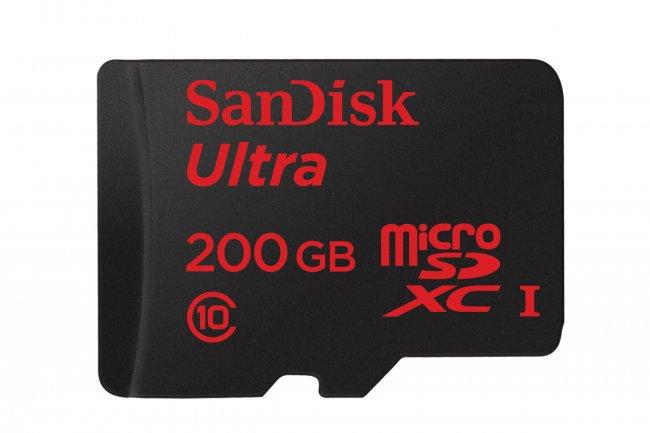 Grâce à l'empilement de puces flash, SanDisk propose 200 Go dans une carte microSD.