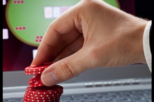 Les joueurs de poker en ligne doivent se montrer, comme tous les internautes, vigilant en mati�re de s�curit� web. (cr�dit : D.R.)