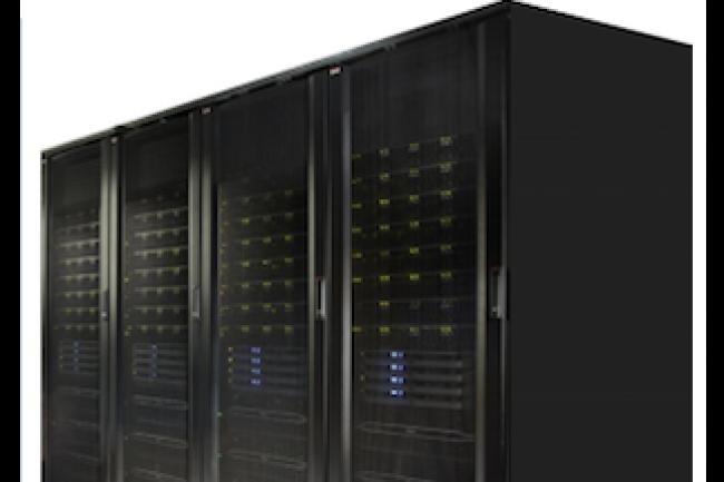 Chaque nœud de calcul de l'offre Cloud Platform System Standard, reposant sur les serveurs PowerEdge de Dell, peut accueillir jusqu'à 12 cœurs processeurs physiques, 128 Go de RAM et 200 Go de stockage HDD ou SSD. (crédit : D.R.)