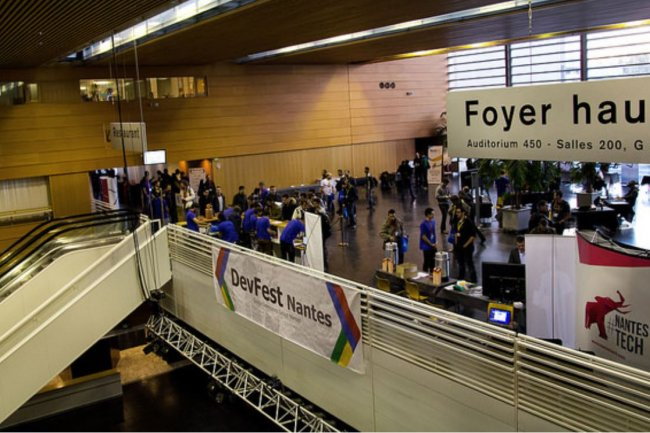 Organisés par des groupes d'utilisateurs locaux, les DevFests sont dédiés aux technologies cloud et web. Crédit: D.R