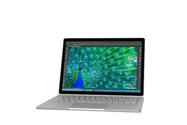 La tablette PC Microsoft Surface Book est d'office livr�e avec Windows 10.
