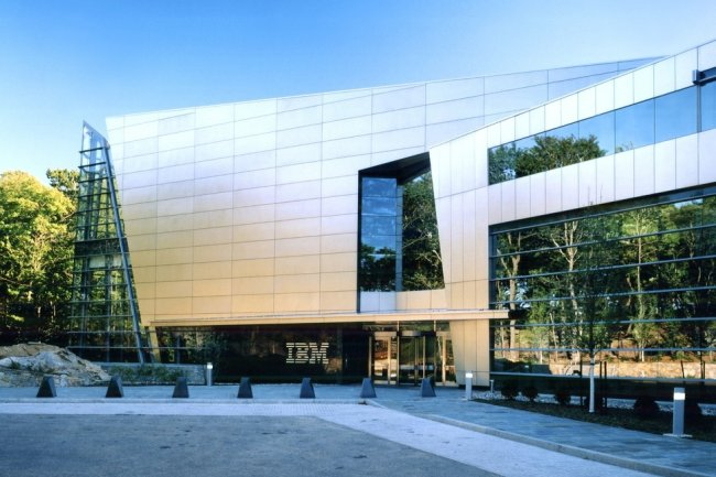 Le d�part de trois poids lourds le m�me mois est assez rare chez un grand fournisseur comme IBM, hors malversations financi�res. (Cr�dit D.R.)