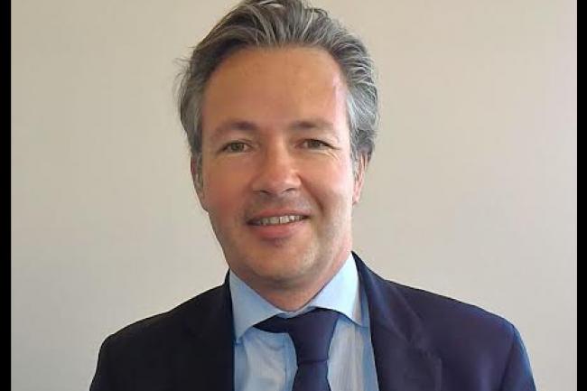 Julien Tanguy, directeur général adjoint finance et opérations de Edenred, a livré un retour d'expérience sur l'utilisation des solutions de Salesforce à l'occasion d'un point presse organisé au siège social de l'éditeur mardi 12 novembre. (crédit : LMI)