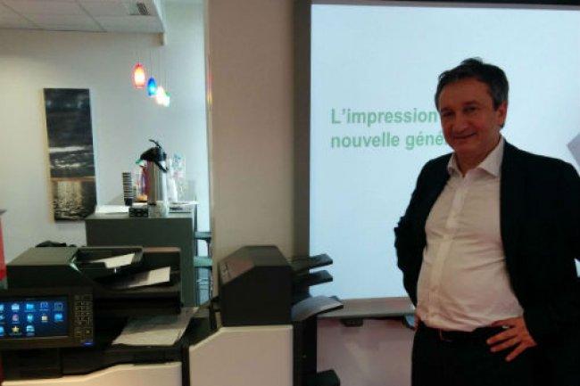 Etienne Maraval, directeur marketing de Lexmark France, explique que le fabricant souhaite se concentrer sur le d�veloppement de logiciels et de services pour accompagner ses produits. (Cr�dit D.R)