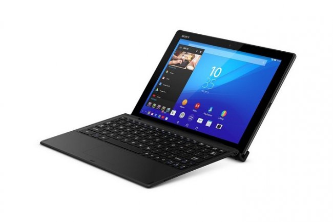 Avec son clavier optionnel, la Sony Z4 Tablet est capable de ponctuellement remplacer un laptop.