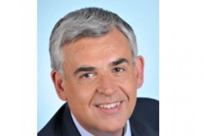 Le d�put� Pascal Terrasse (ci-dessus) a r�alis� le rapport sur l'�conomie collaborative avec Philippe Barbezieux, membre de l�inspection g�n�rale des affaires sociales, et Camille Herody, inspectrice des finances.
