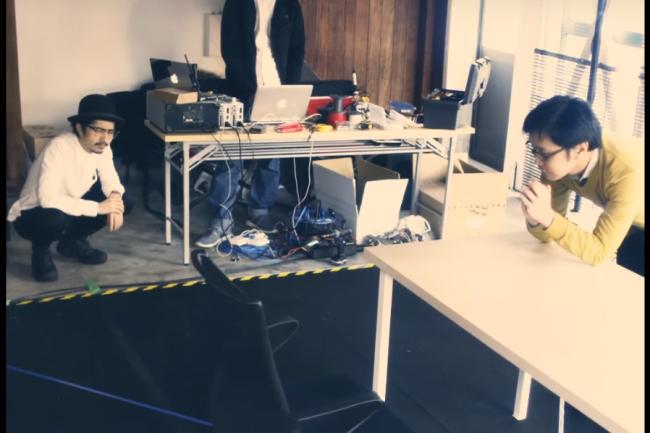 Les ing�nieurs de Nissan travaillent sur des prototypes de chaises connect�es. (cr�dit : D.R.)