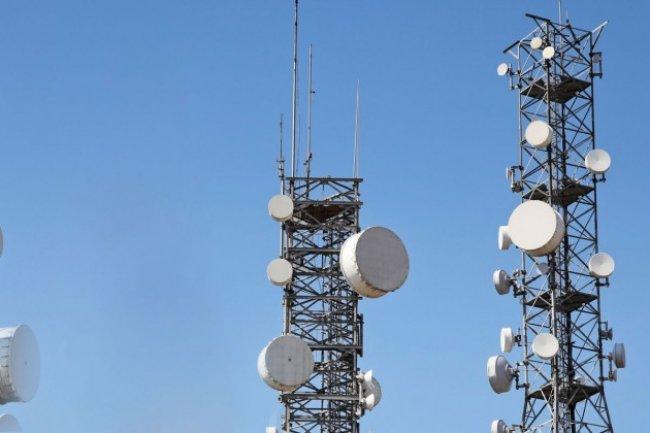 Pour étendre sa couverture dans les pays sous-équipés, Facebook lance l'initiative Telecom Infra Project avec Intel et Nokia.