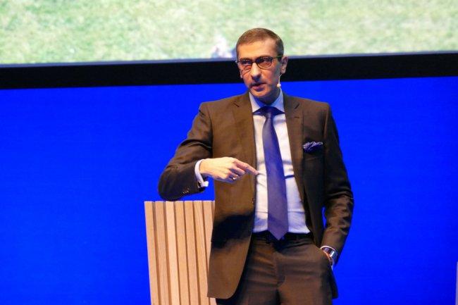 La norme 5G pourrait être prête bien avant 2020 selon le CEO de Nokia Rajeev Suri qui table sur des premiers déploiements en 2017.