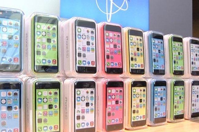 Face au FBI, Apple compte bien tout mettre en oeuvre pour ne pas avoir � casser le verouillage de ses iPhone. (cr�dit : D.R.)