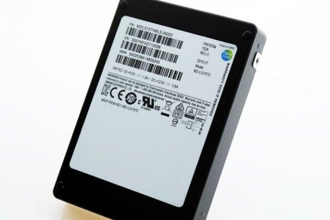 Avec le SSD  PM1633a, Samsung a log� 15,36 To de m�moire flash dans 2,5 pouces. (cr�dit : D.R.)