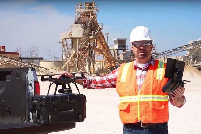 Sur son site, 3D Robotics présente plusieurs cas d'application de son package Site Scan notamment avec Autodesk, sur un chantier, dans l'agriculture, la cartographie et la sécurité publique. (crédit : D.R.)