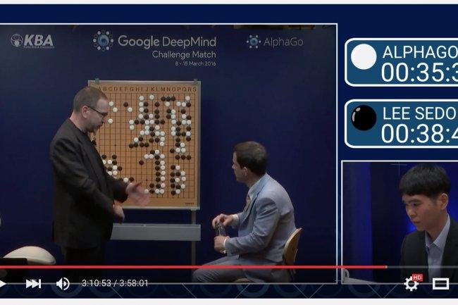 Lee SeDol, en pleine r�flexion strat�gique, ce matin � S�oul face au programme AlphaGo de Google Deepmind. (cr�dit : D.R.)