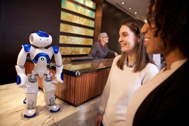 Les h�tels Hilton testent Connie, le premier concierge robot avec IBM Watson
