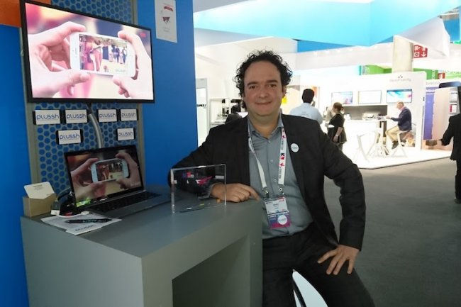 Cofondateur de Plussh, Dimitri Moulins est aussi journaliste pour une radio nationale.