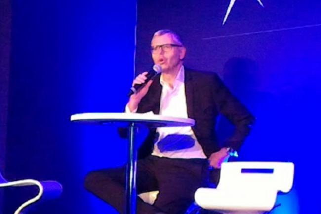 Le directeur des op�rations d'Altice et PDG de SFR, Michel Combes, lors du point presse organis� le 22 mars 2016. (cr�dit : LMI)