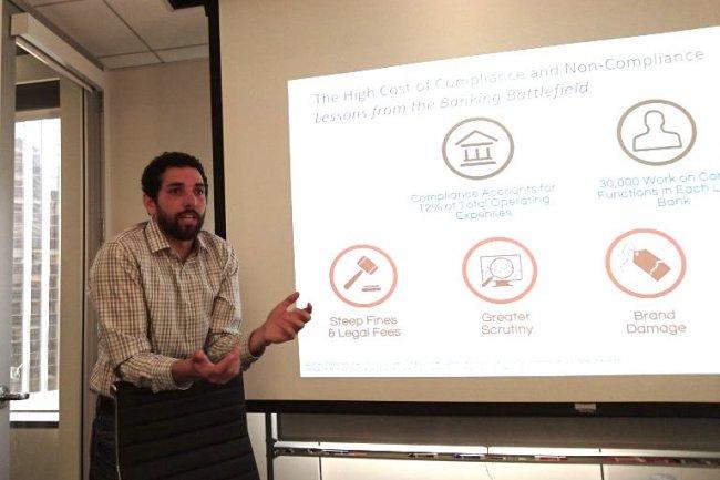 Sean Kandel, CTO et cofondateur de Trifacta lors d'une d�monstration de son logiciel � San Francisco. (cr�dit : SL)