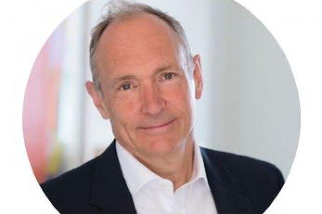 Tim Berners-Lee, directeur du W3C, s'est interrogé avec ses pairs la semaine dernière sur la façon de faire évoluer Internet dans une optique plus décentralisée. (crédit : D.R.)