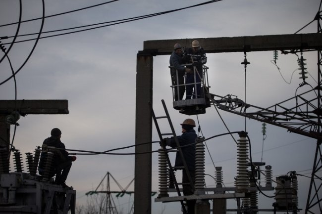 Des cyberhackers pourraient être à l'origine de la nouvelle panne qui a touché le réseau électrique de l'Ukraine le week-end dernier. (Crédit D.R.)
