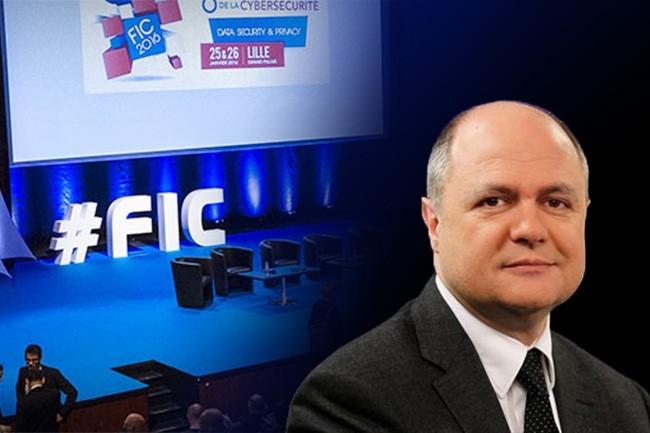 Le ministre de l'Intérieur, Bruno Le Roux, a inauguré l'ouverture de la 9e édition du FIC qui se déroule les 24-25 janvier 2017 à Lille. (crédit : Dominique Filippone)