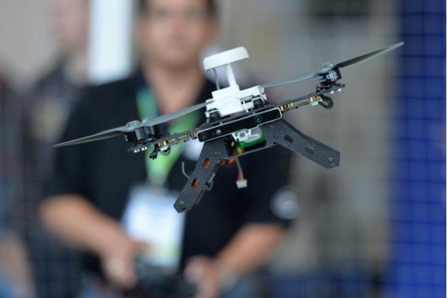 Intel vend son drone Aero Ready to Fly pré-assemblé ou en kit
