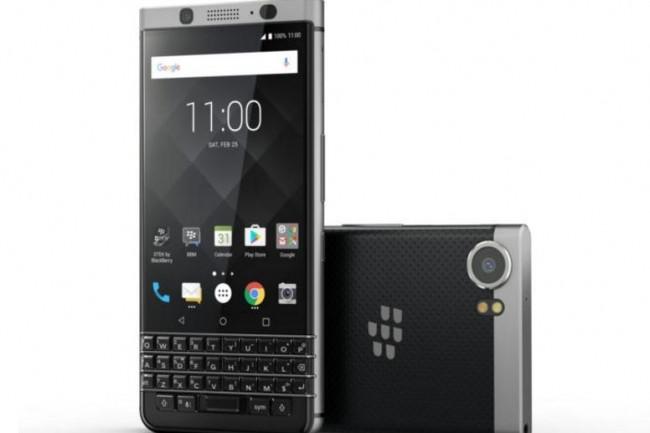 avec keyone blackberry revient au clavier physique le monde informatique. Black Bedroom Furniture Sets. Home Design Ideas